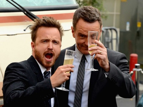 Aaron Paul And Bryan Cranston Drove The Breaking Bad Rv To The Shows Premiere Photos