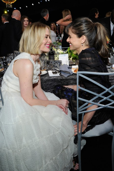 Sarah Paulson Amanda Peet Looked Each Other Adorably