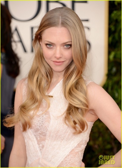 Amanda Seyfried Golden Globes Red Carpet Hair