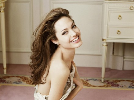 Angelina Jolie Hot Photos Hot