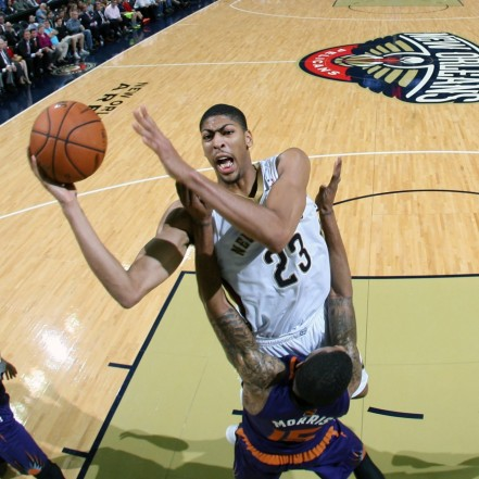 Hi Res Anthony Davis Of The New Orleans Pelicans Drives To The Crop Exact Pelicans