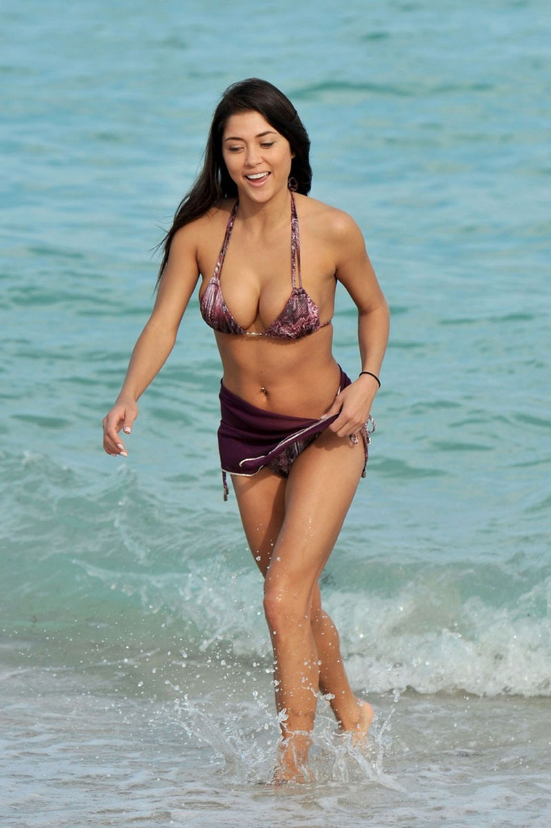 Arianny Celeste In Bikini On The Beach In Miami Beach