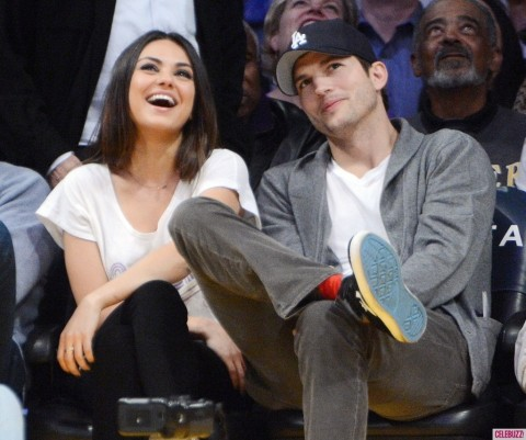 Mila Kunis Ashton Kutcher Engaged That Baby Mila Kunis Pregnant With Ashton Kutcher Child Twin