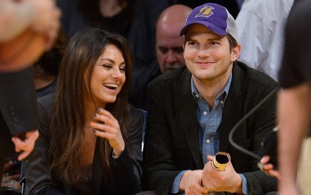 Mila Kunis Ashton Kutcher Pregnant Engaged Ftr Twin