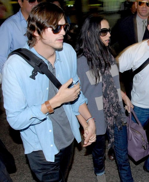Pictures Ashton Kutcher Demi Moore Arriving Brazil And Demi Moore