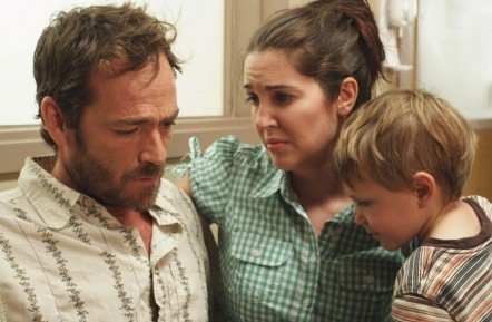 Still Of Luke Perry Hunter Wallace And Breann Johnson In Red Wing Large Picture