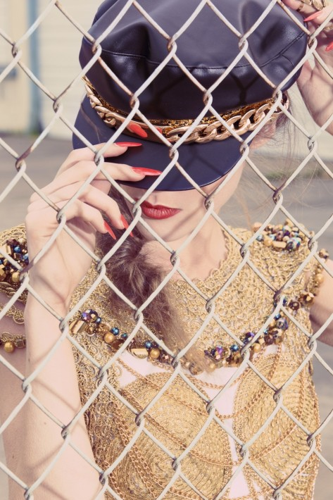 Editorial Caroline Mathis Chain Link Beauty