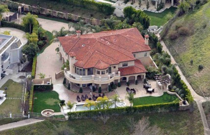 Celebrity Homes That Are Worth More Because They Lived There Khloe