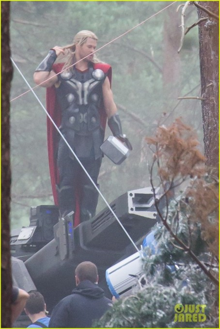 Chris Hemsworth As Thor In Avengers Age Of Ultron