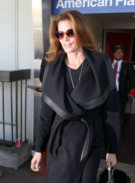 Cindy Crawford At Lax Airport