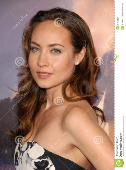 Courtney Ford Wallpaper