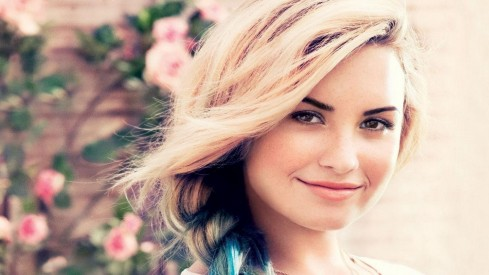 Demi Lovato Wallpaper Download