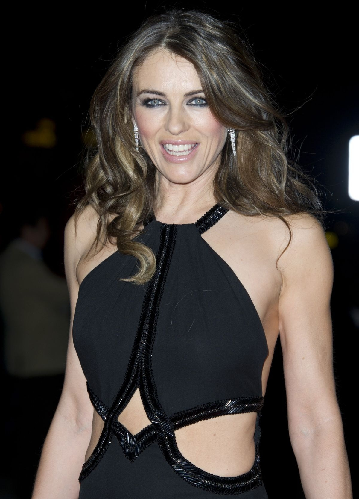 Elizabeth Hurley At The Glamour Of Italian Fashion Private Dinner In London Fashion