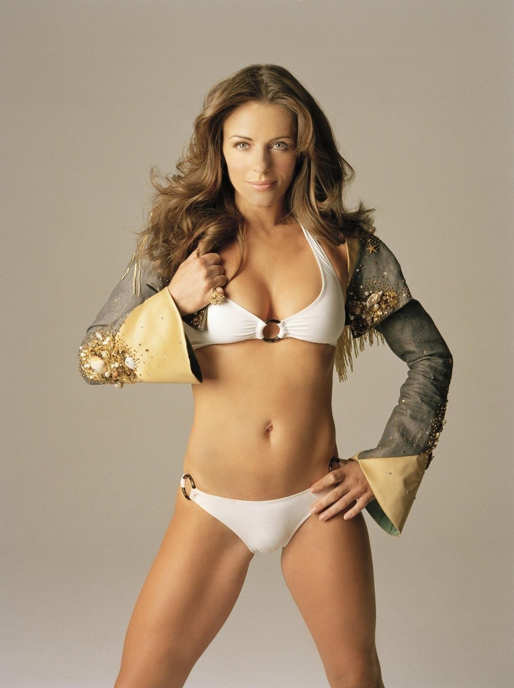 Elizabeth Hurley Pic Mom Big Body
