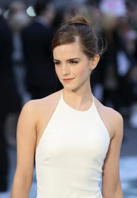 Emma Watson London Premiere Noah Body
