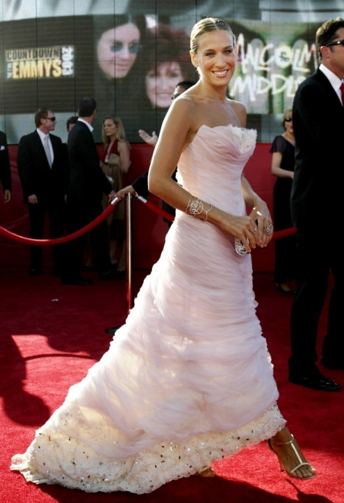 Actress Sarah Jessica Parker Arrives At Emmy Awards