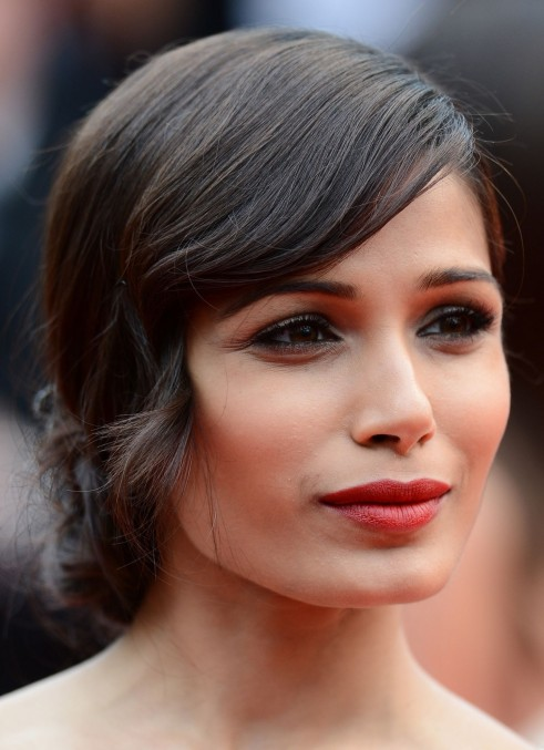 Frieda Pinto Cannes Hair Front Main Fashion