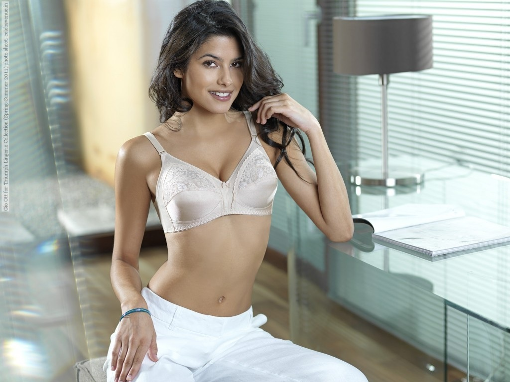 Gio Ott For Triumph Lingerie Collection Spring Summer