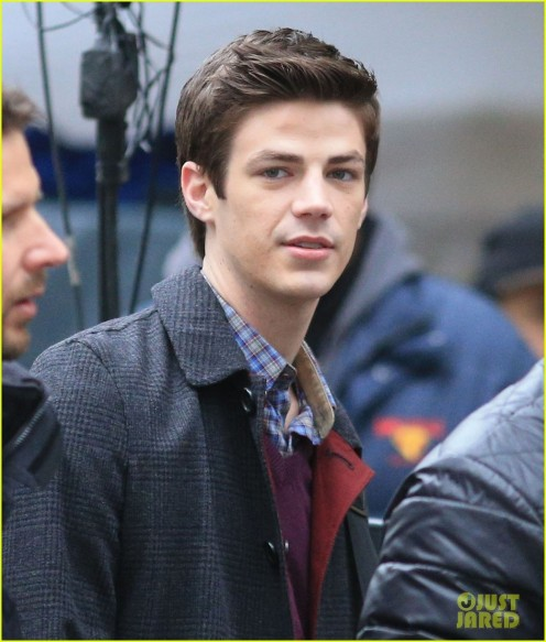 The Flashs Grant Gustin Cant Wait To See His Pup Tv