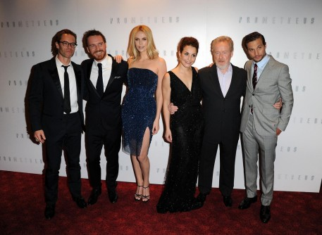 Charlize Theron Ridley Scott Guy Pearce Noomi Rapace Michael Fassbender And Logan Marshall Green At Event Of Prometheus Neighbours