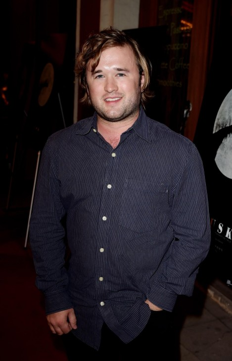 Haley Joel Osment At Event Of Tusk Large Picture