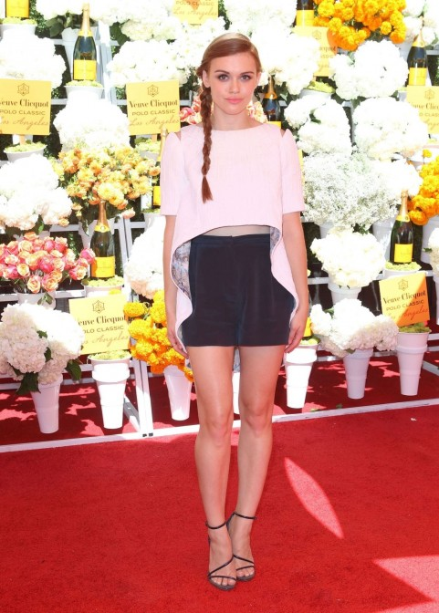 Holland Roden At Veuve Clicquot Polo Classic In Pacific Palisades Photoshoot