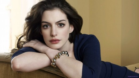 Beautiful Hollywood Actress Hot Wallpapers