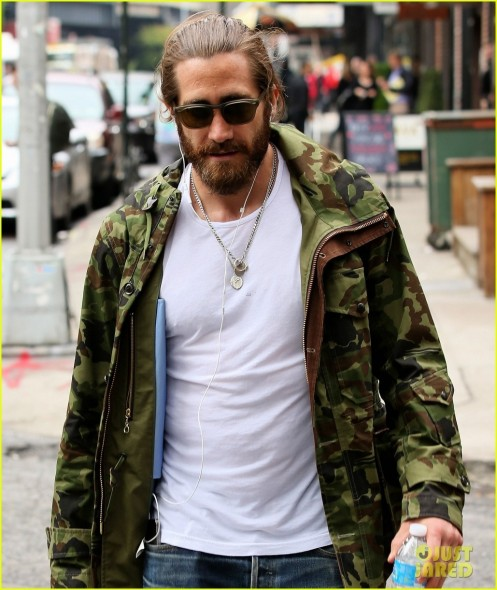 Jake Gyllenhaal Reportedly Looking To Buy Tribeca Townhouse