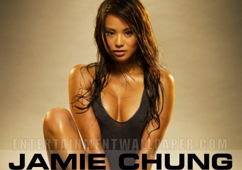 Jamie Chung Wallpaper Beach