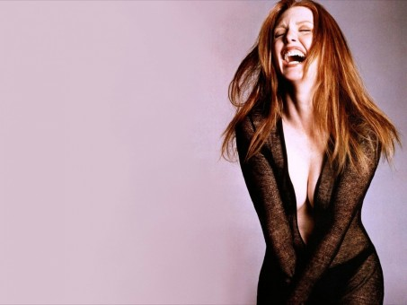 Julianne Moore Wallpaper Wallpaper