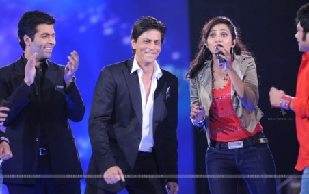 Sharukh Khan Karan Johar Cheering For Shreya Ghoshal At Music Ka Shahrukh Khan