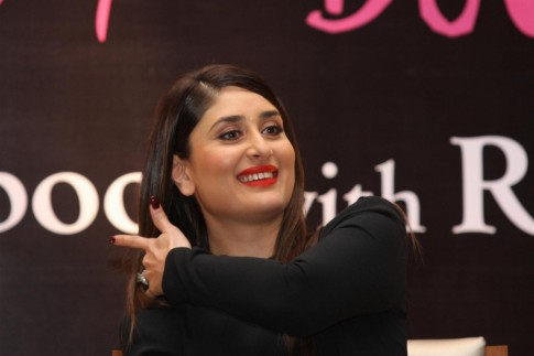 Bjktxzysozokxpr Kareena Kapoor Khan At The Launch Of The Book The Style Diary Of Bollywood Diva With Rochelle Pinto At Hotel Shangri La In Mumbai
