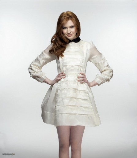 Karen Gillan Hq Photoshoot Fanzee
