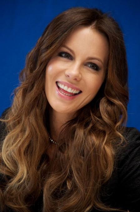 Kate Beckinsale At Total Recall Photocall In Cancun Hair