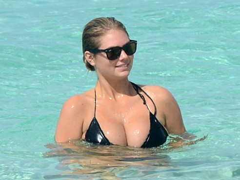 Kate Upton And Cameron Diaz In Bikini Bahamas Bikini