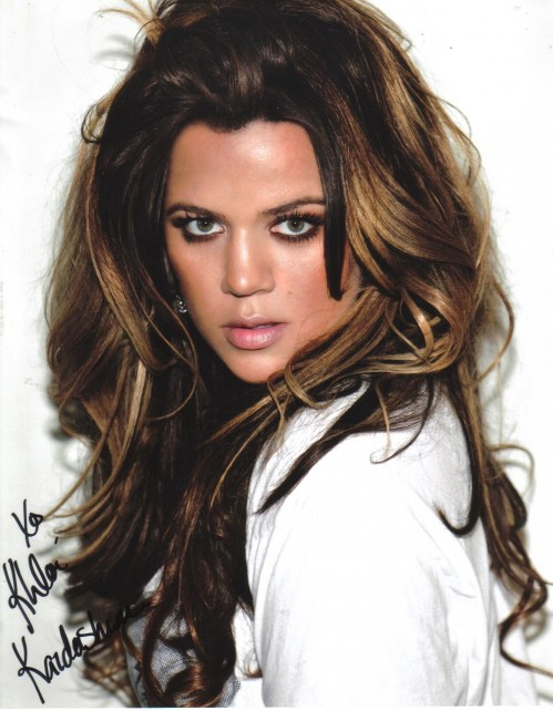 Khloe Kardashian Beautiful Wallpaper