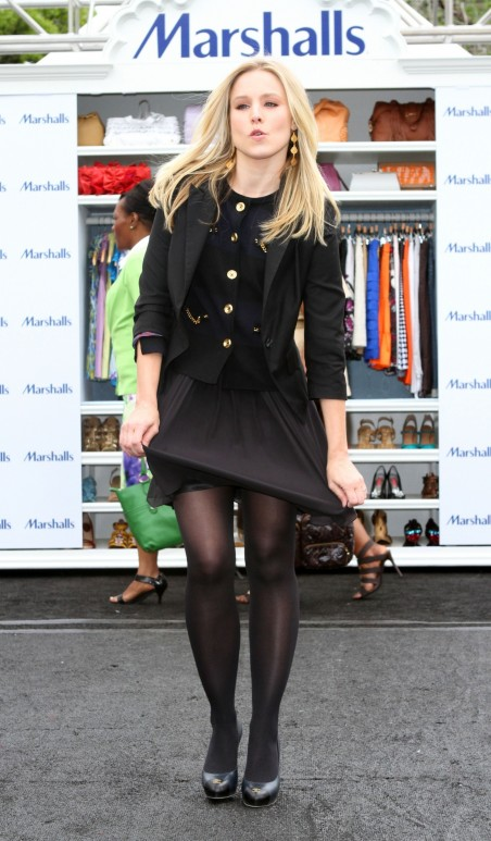 Kristen Bell At Marshalls Dress For Success Fashion Show