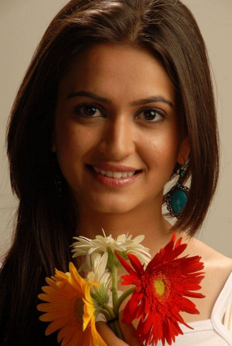 Kriti Kharbanda Actress Stills Tv