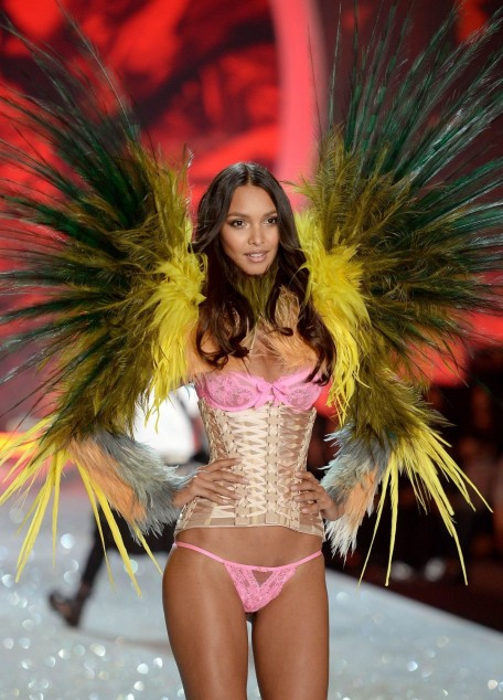 Lais Ribeiro At Victoria Secret Fashion Show In New York