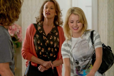 Picture Of Joan Cusack And Laura Wiggins In Shameless Large Picture Laura Slade Wiggins