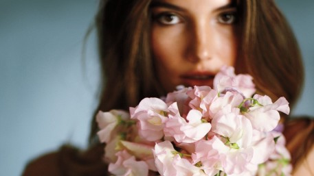 Lily Aldridge Flowers Pictures