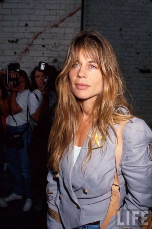 Full Linda Hamilton Twin