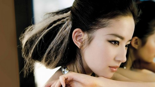 Liu Yifei Oriental Beauty Photo Wallpaper Wallpaper