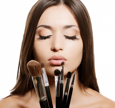 How To Clean Make Up Brushes At Home