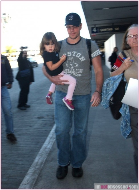 Matt Damon Daughter At Lax