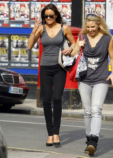 Melanie Sykes Out And About In Primrose Hill