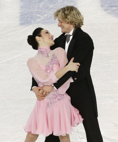 Meryl Davis And Charlie White Win The Team Short Dance Saturday Image From Ap Sport