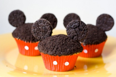 Birthday Cakes Cute Black Mickey Mouse Cupcake Decorating Idea With Oreo Cookies Amazing Mickey Mouse Cake Decorating Ideas