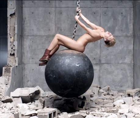 Miley Cyrus Zoom Wrecking Ball