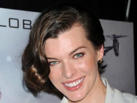 Milla Jovovich At Resident Evil Retribution In In Nyc Resident Evil